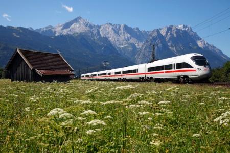 ICE T Baureihe 411 von Innsbruck nach Berlin mit Zugspitze